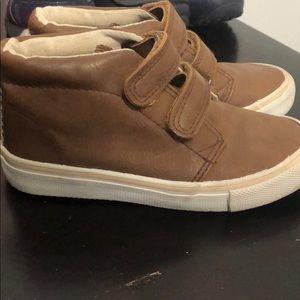 Kids shoes Tan color / Size 10.5
